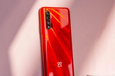 华为nova 6 5G全面评测 :年轻人的首款5G 潮流自拍旗舰
