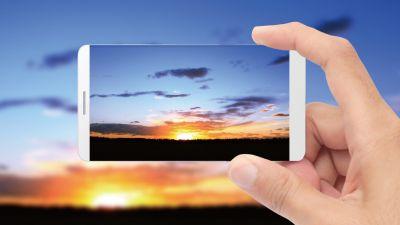京东方要为苹果供应显示屏幕 这样的iPhone你会买吗?
